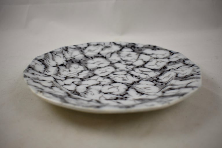 Black and White Transferware Marble or Cracked Ice Ironstone Plates, Set of 4 For Sale 2