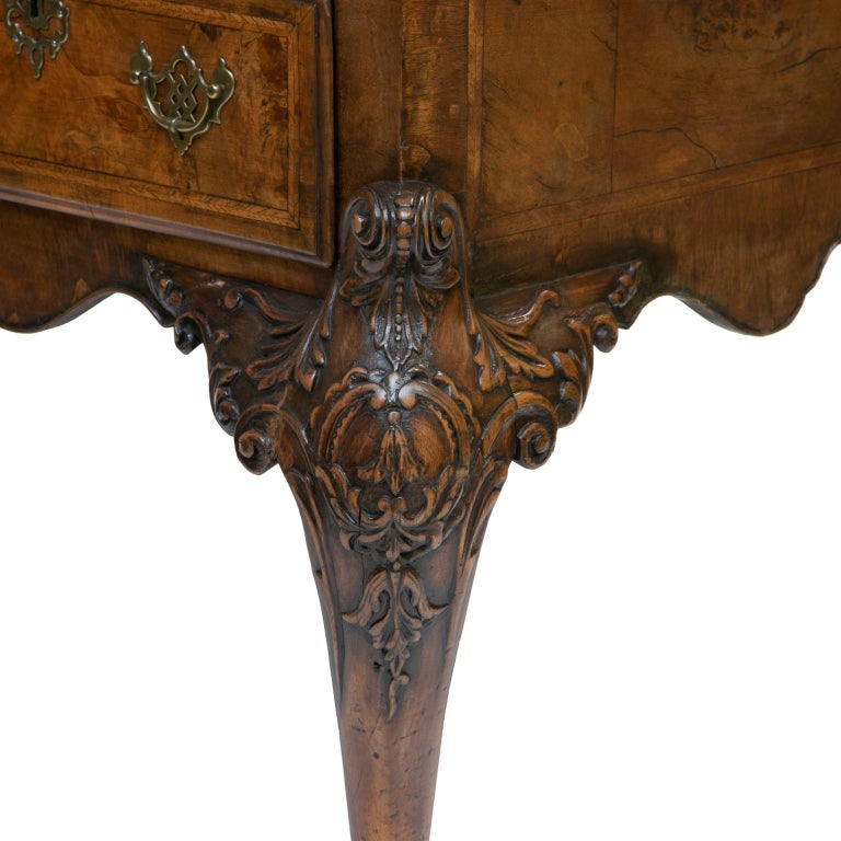 19th Century Chippendale Burl Walnut Partner's Writing Desk  In Good Condition For Sale In Brentwood, TN