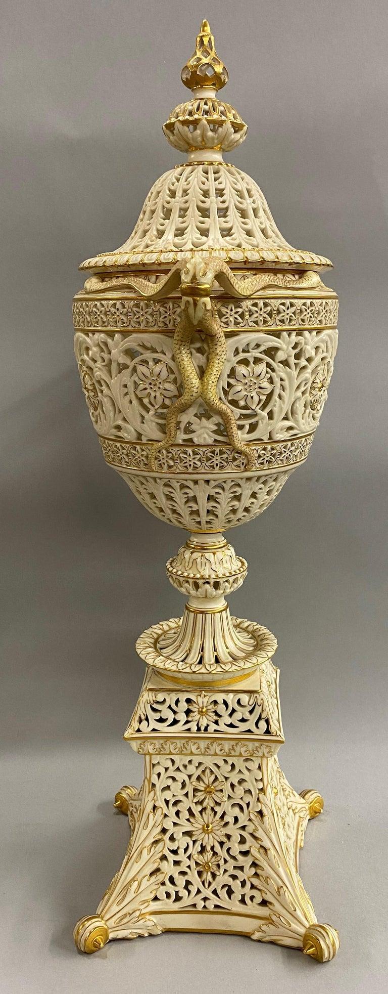 English Grainger Royal Worcester Gilt Ivory Porcelain Reticulated Urn For Sale 2