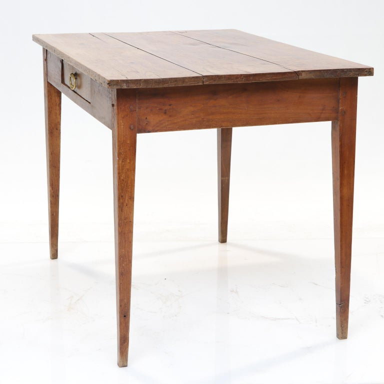 19th Century French Country Side Table For Sale 1