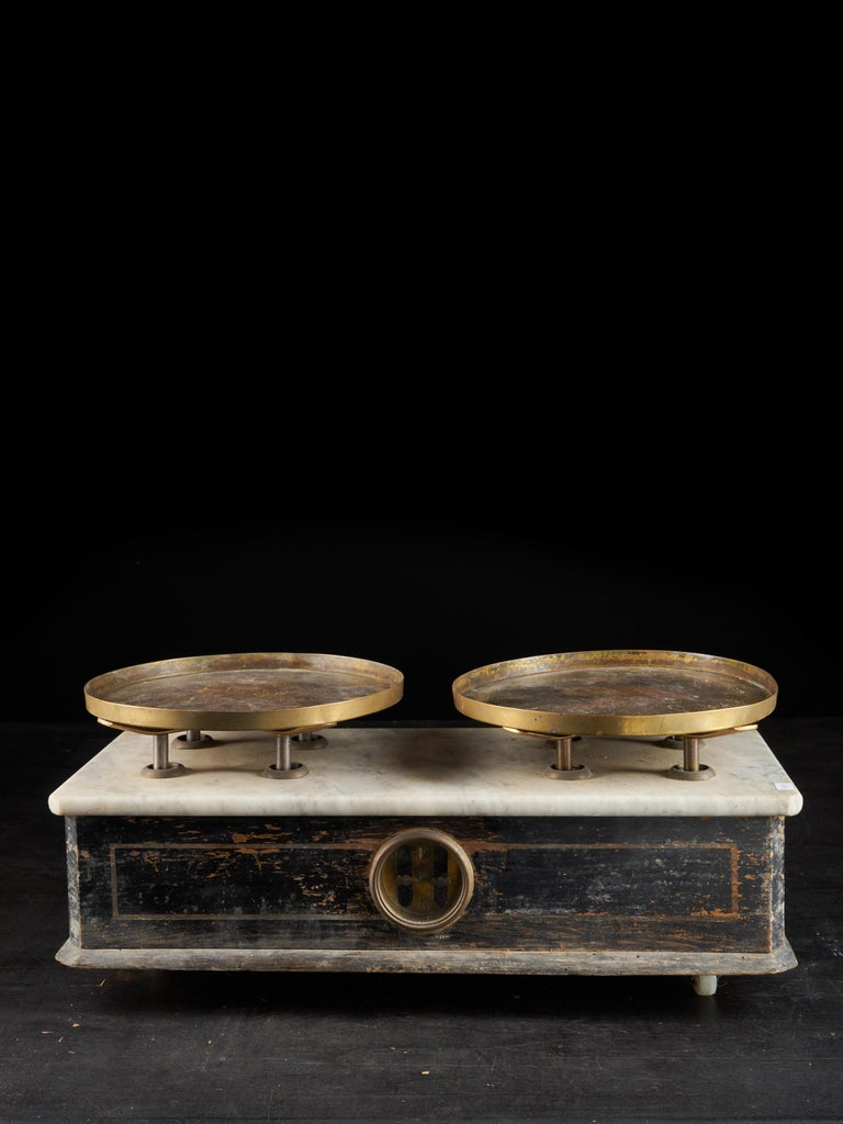 French Provincial 19th Century French Culinary Scale with Two Copper Plateaux For Sale