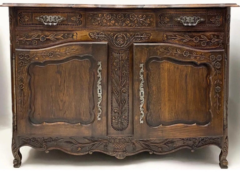 19th Century 19th-C. French Louis XV Style Carved Oak Cabinet or Buffet / Sideboard For Sale