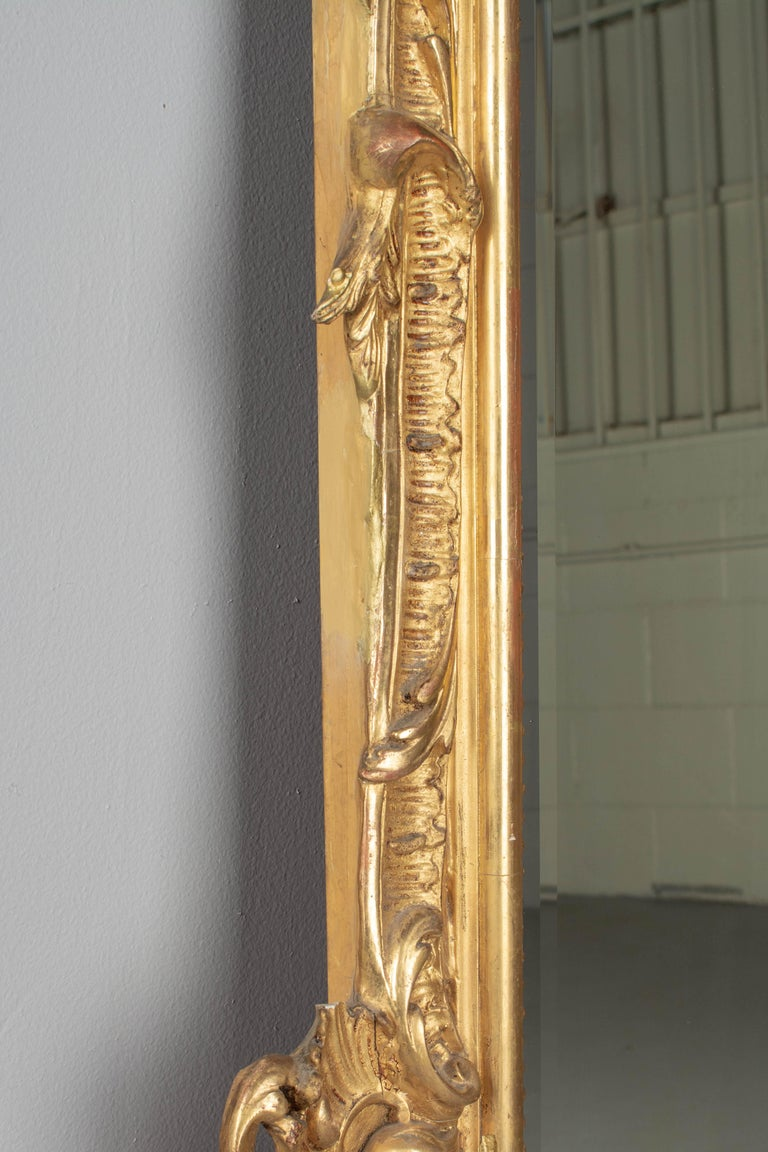 19th Century French Louis XV Style Gilded Mirror For Sale 5