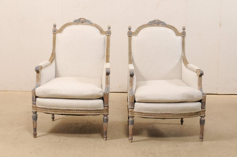 19th Century French Pair of Louis XVI Style Bergère Chairs, Newly Upholstered In Good Condition For Sale In Atlanta, GA