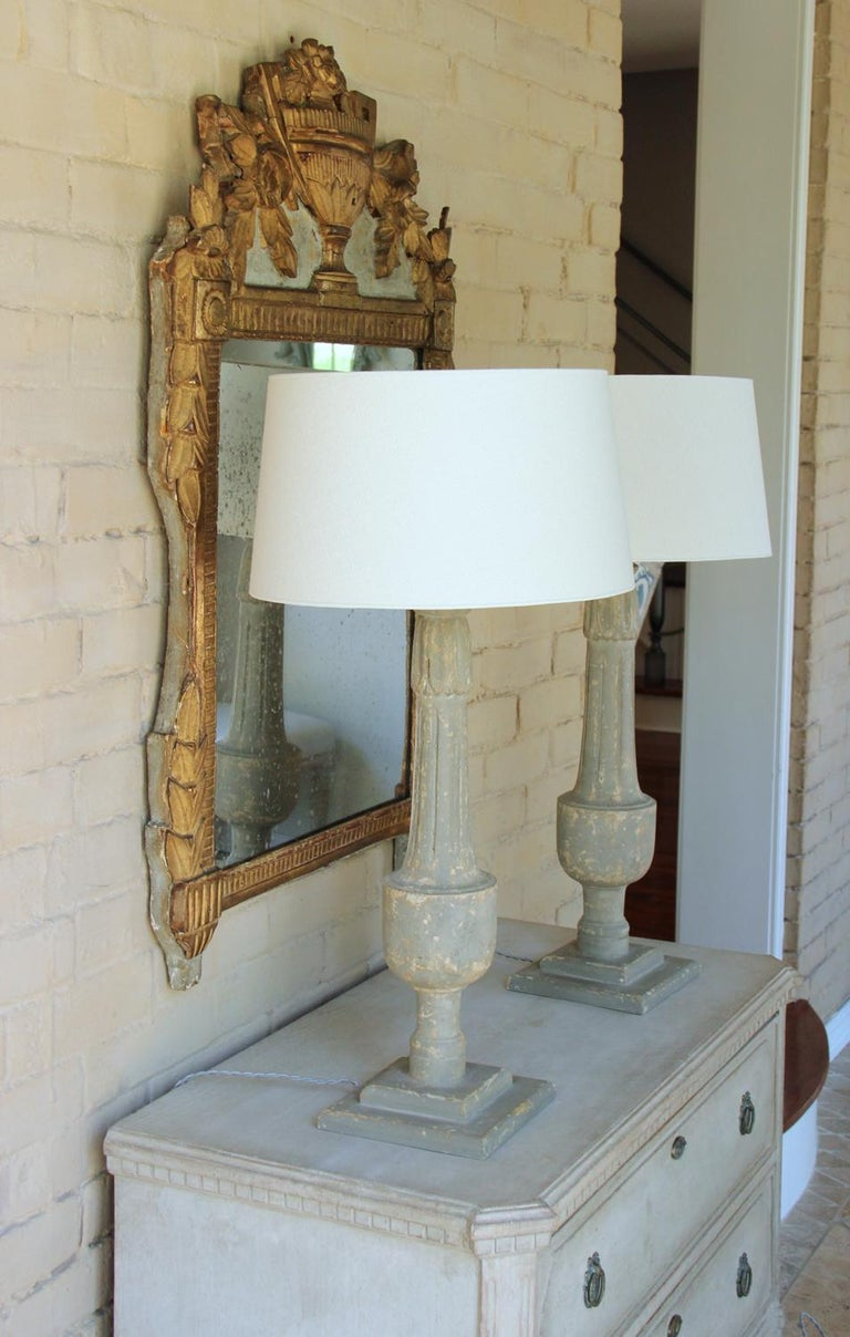 19th C French Pair of Painted Balustrades as Table Lamps In Excellent Condition For Sale In Wichita, KS