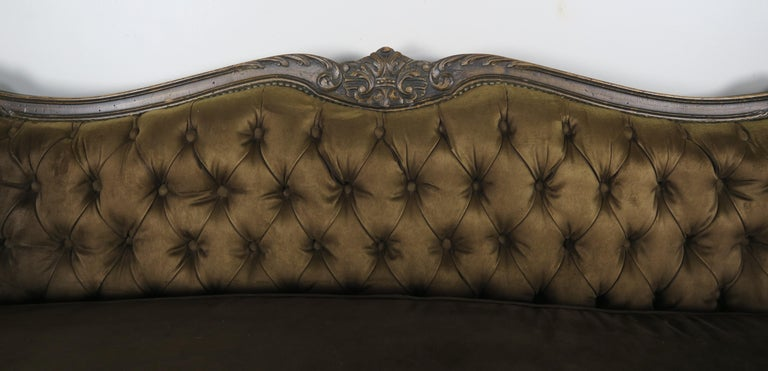 French Provincial 19th Century French Walnut Tufted Leather Sofa with Loose Seat Cushion For Sale