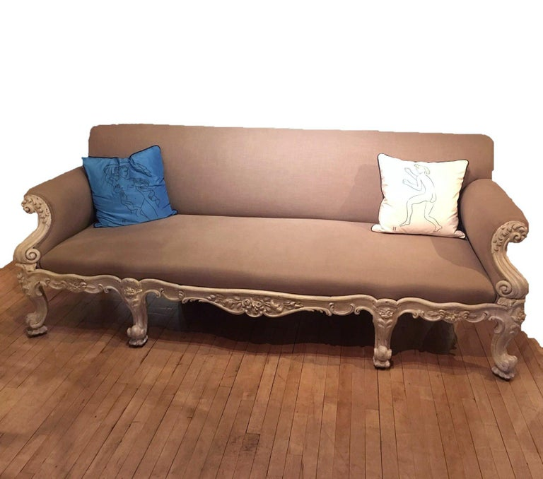 British 19th Century Gillows Carved Hardwood Sofa For Sale