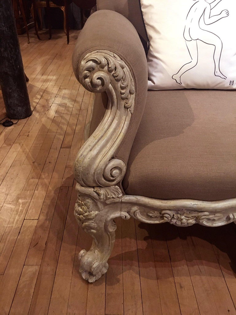 Hand-Carved 19th Century Gillows Carved Hardwood Sofa For Sale