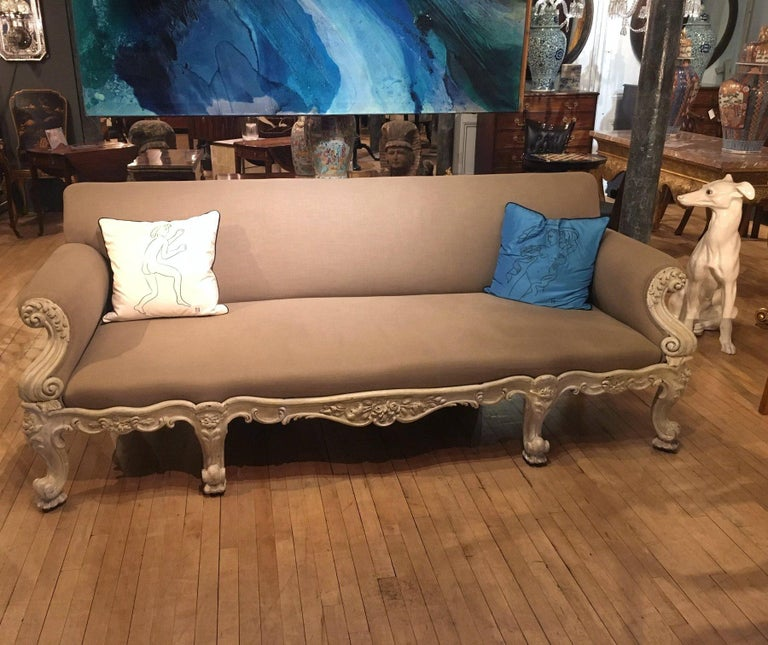 19th Century Gillows Carved Hardwood Sofa For Sale 1