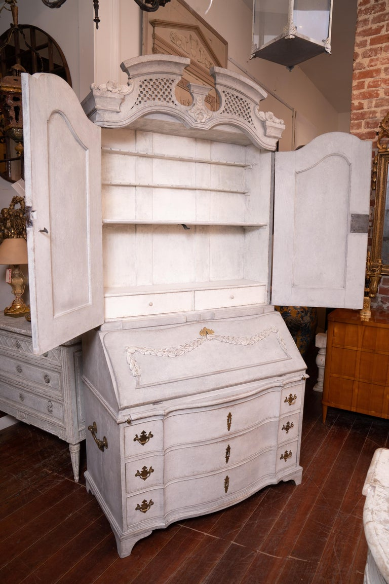 19th Century Gustavian Painted Secretary In Good Condition For Sale In New Orleans, LA