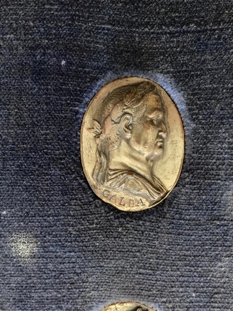 Italian Grand Tour Medals of Roman Emperors and the Roman Colosseum For Sale 4