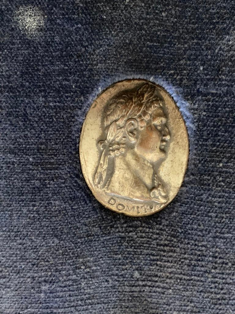 Italian Grand Tour Medals of Roman Emperors and the Roman Colosseum For Sale 5