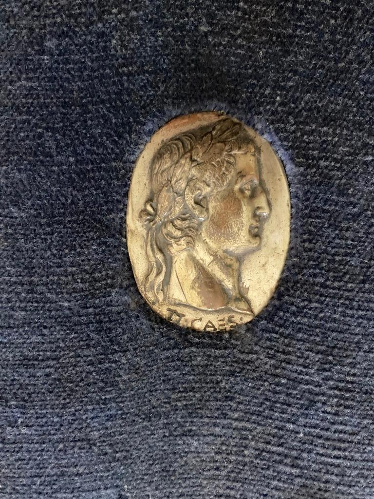 Italian Grand Tour Medals of Roman Emperors and the Roman Colosseum For Sale 6