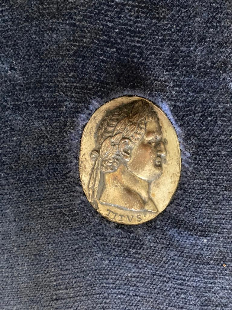 Italian Grand Tour Medals of Roman Emperors and the Roman Colosseum For Sale 7