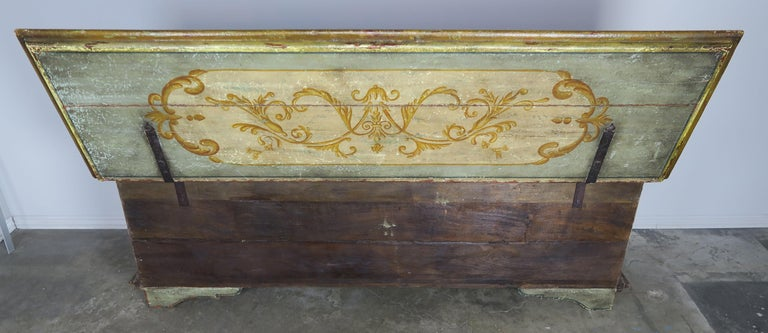 19th Century Italian Hand Painted Chest with Cherubs For Sale 6
