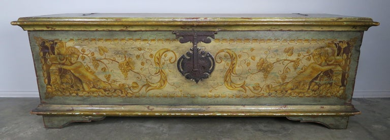 19th Century Italian Hand Painted Chest with Cherubs For Sale 7