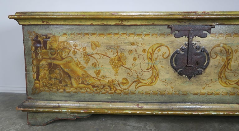 Hand-Painted 19th Century Italian Hand Painted Chest with Cherubs For Sale