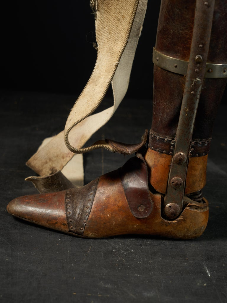19th Century, Italian Original Wooden Prosthetic Leg For Sale 7