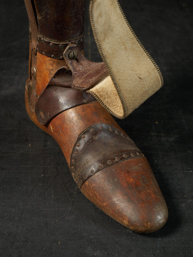19th Century, Italian Original Wooden Prosthetic Leg For Sale 3