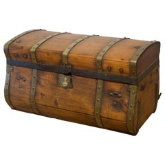 19th Century Jenny Lind Wood and Brass Dome Stagecoach Trunk, circa 1850-1860