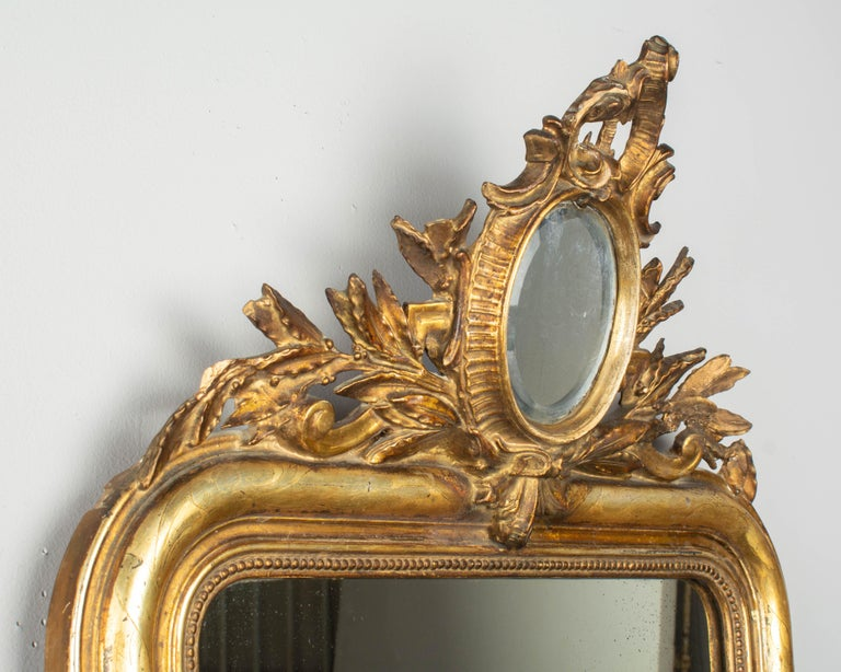 19th Century Louis Philippe Style Gilded Mirror with Oval Crest In Good Condition For Sale In Winter Park, FL