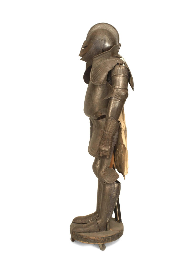 19th c. Medieval Style Suit Of Armor In Good Condition For Sale In New York, NY