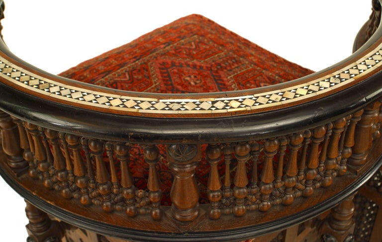 19th c. Middle Eastern Moorish Style Walnut Carved Tête-à-tête In Good Condition For Sale In New York, NY