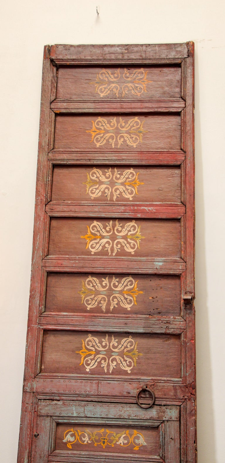19th Century Moroccan Antique Double Door with Hand Painted Moorish Designs For Sale 6
