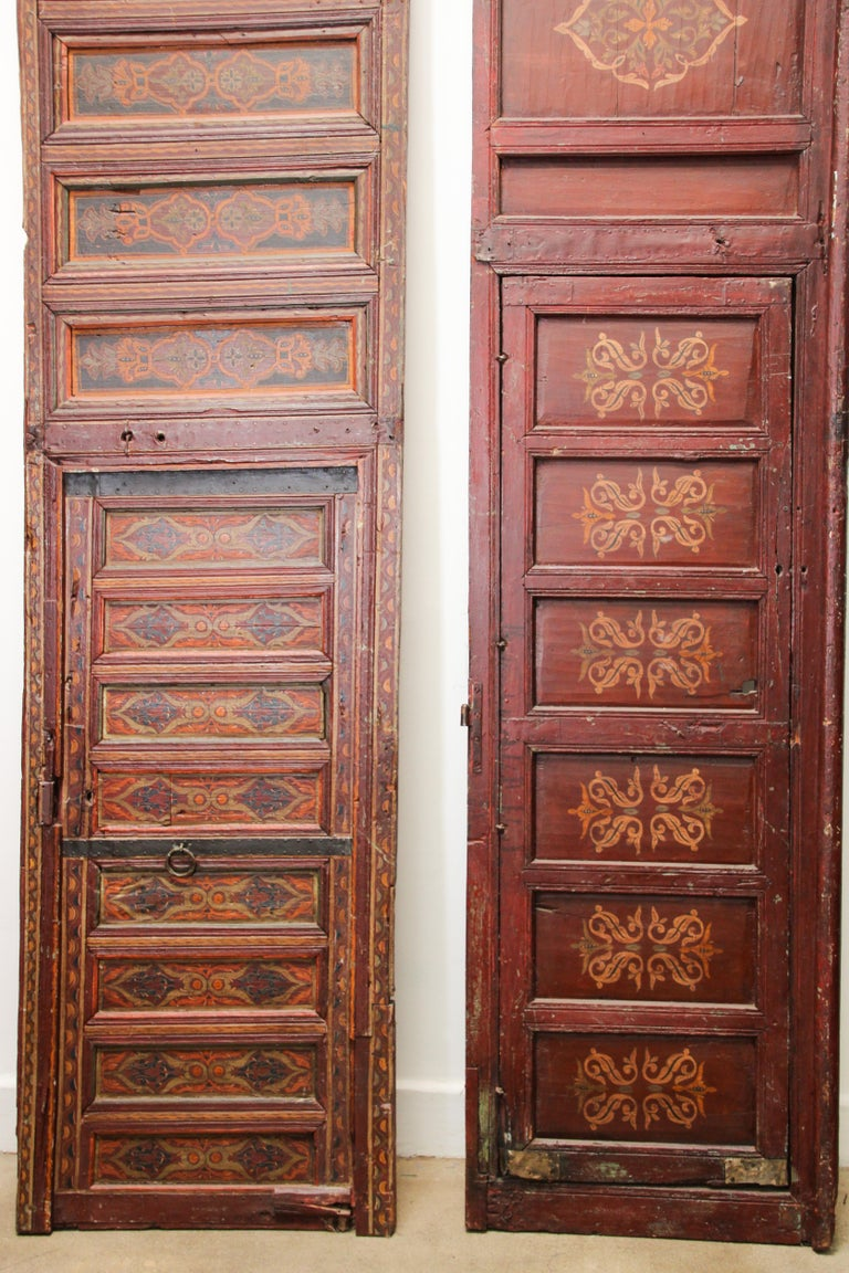 19th Century Moroccan Antique Double Door with Hand Painted Moorish Designs For Sale 10