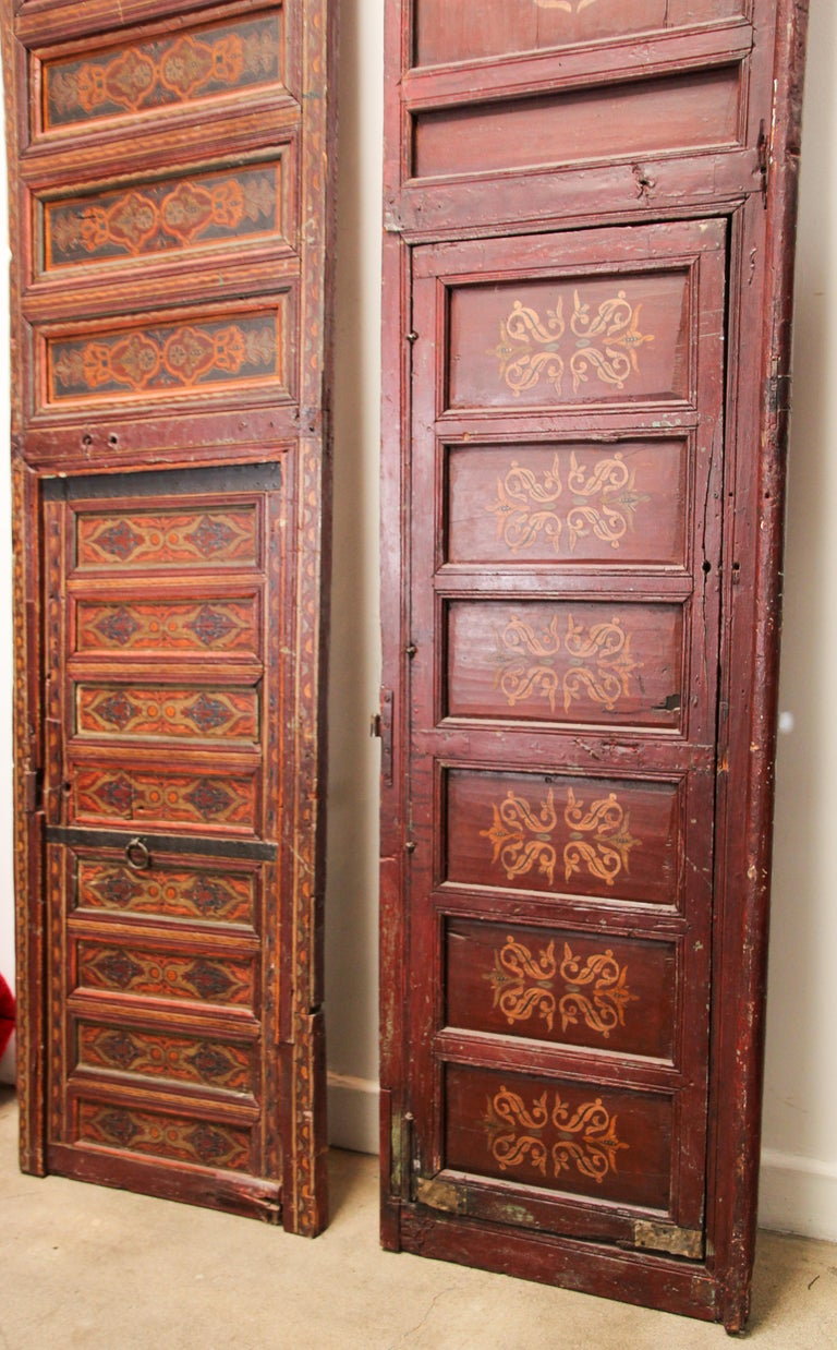 19th Century Moroccan Antique Double Door with Hand Painted Moorish Designs For Sale 15