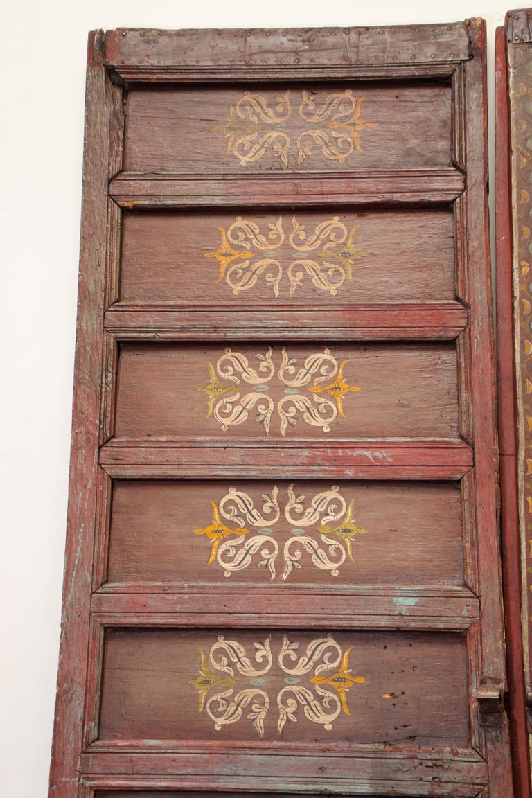 19th Century Moroccan Antique Double Door with Hand Painted Moorish Designs For Sale 2
