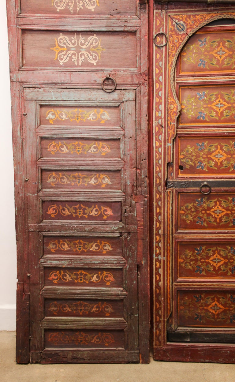 19th Century Moroccan Antique Double Door with Hand Painted Moorish Designs For Sale 3