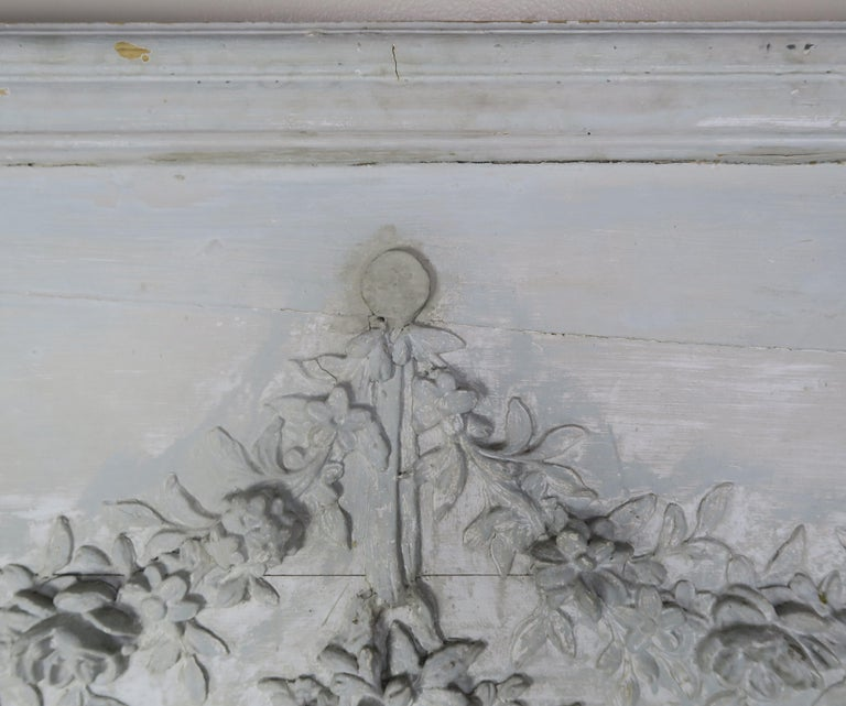19th Century Painted Carved Wood Panel with Urn of Flowers For Sale 1