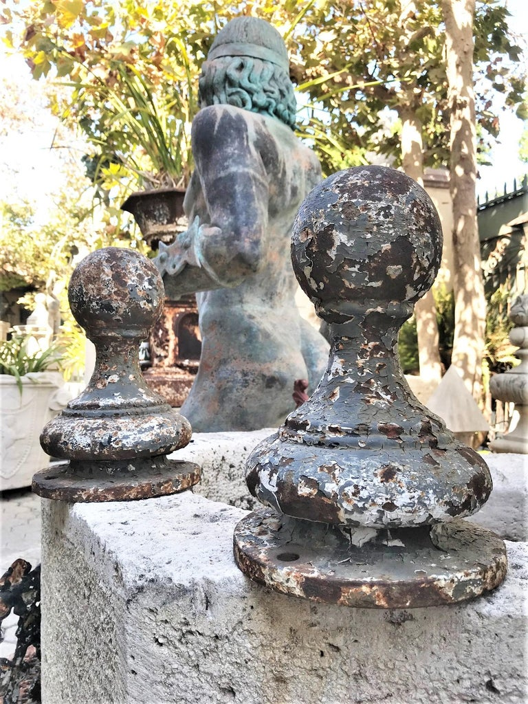 European Pair of Metal Garden Post Round Spherical Antique Decorative ball Finials LA CA For Sale