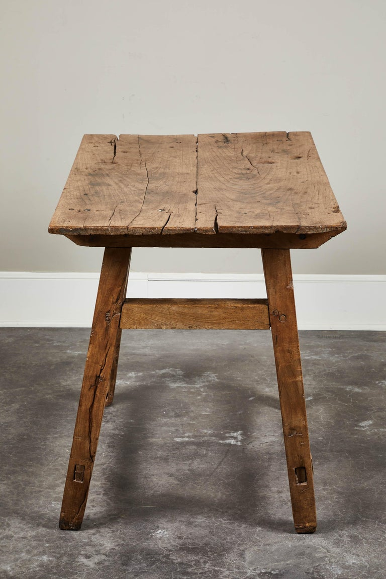 19th Century Rustic Spanish Side Table For Sale 2