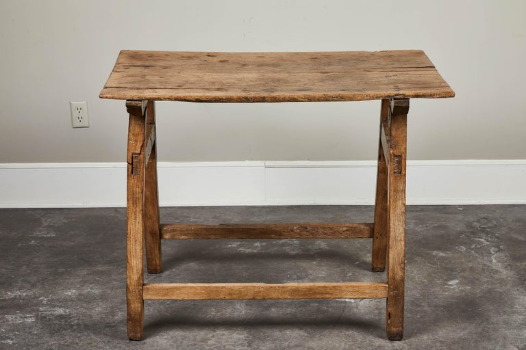 19th Century Rustic Spanish Side Table For Sale 3