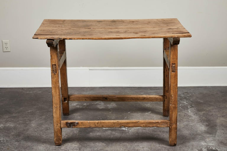 19th Century Rustic Spanish Side Table For Sale 4