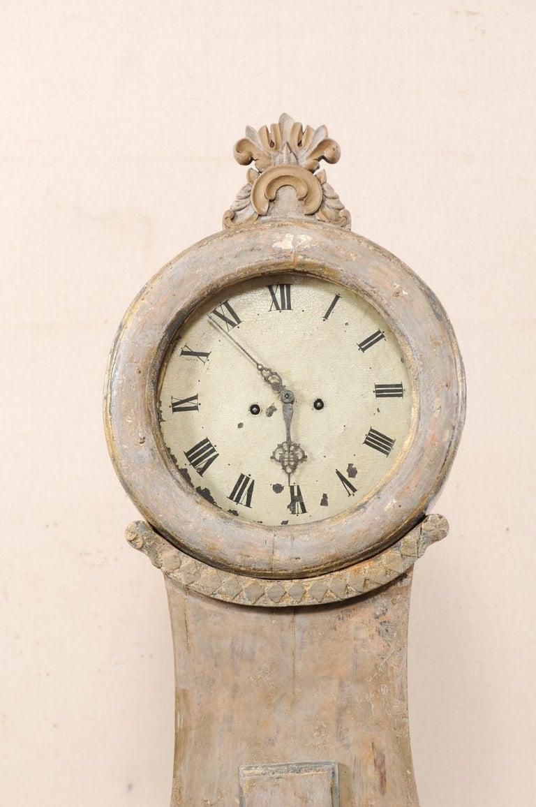 19th Century Swedish Fryksdahl Floor Clock w/ Beautiful, Curvaceous Body For Sale 2