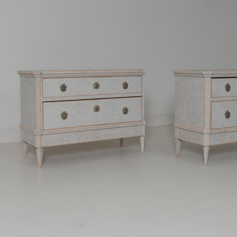 19th Century Swedish Gustavian Style Pair of Bedside Chests In Excellent Condition For Sale In Wichita, KS