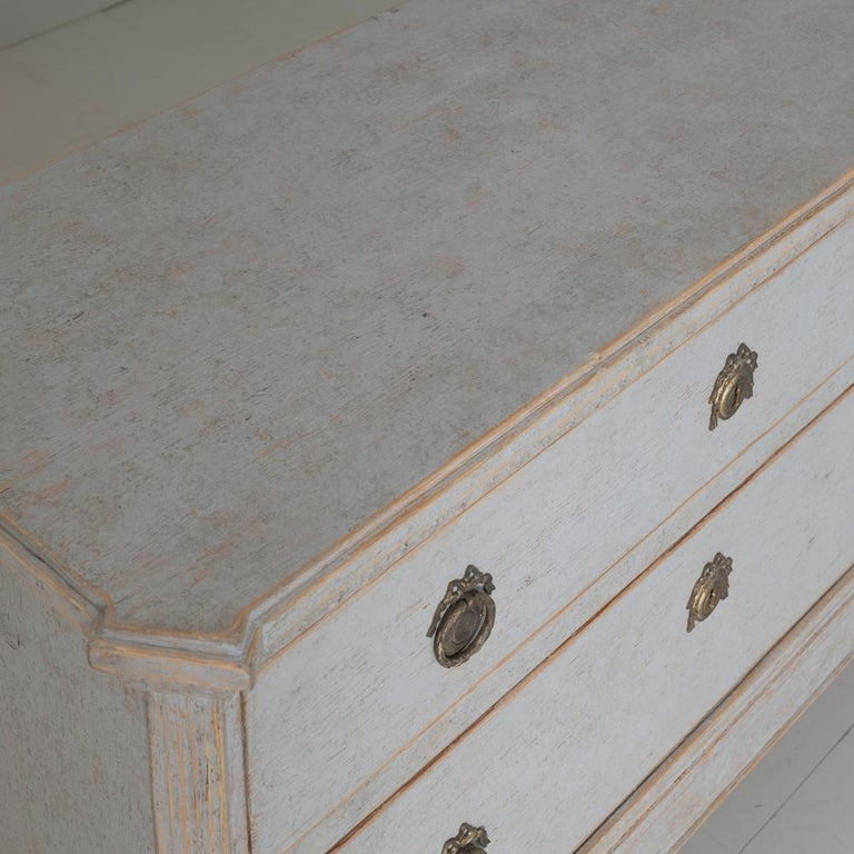 19th Century Swedish Gustavian Style Pair of Bedside Chests For Sale 3