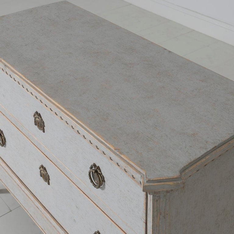 19th Century Swedish Gustavian Style Pair of Bedside Chests For Sale 4