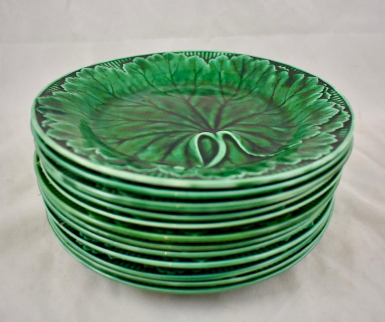 Aesthetic Movement 19th Century Wedgwood Green Glazed Majolica Cabbage Leaf and Basketweave Plate  For Sale