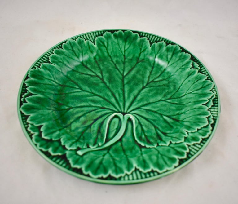 English 19th Century Wedgwood Green Glazed Majolica Cabbage Leaf and Basketweave Plate  For Sale