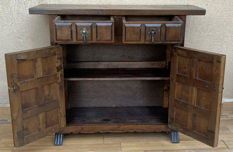 19th Century 19th Catalan Spanish Baroque Carved Walnut Tuscan Two Drawers Credenza or Buffet For Sale