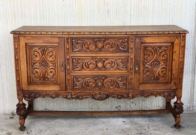 19th Century Catalan Spanish Buffet with Two Carved Drawers and Two Doors In Good Condition For Sale In Miami, FL