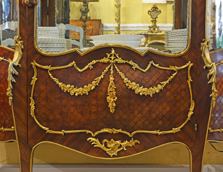 19th Century Louis XV Style Ormolu Mounted Parquetry Vernis Martin Vitrine In Good Condition In Ft. Lauderdale, FL