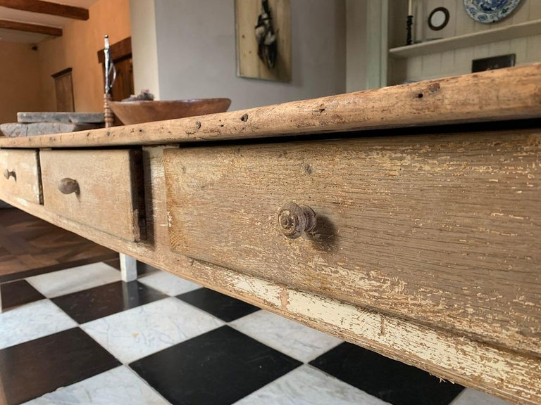 19th Centruy Oak and Poplar Farmhouse Table For Sale 2