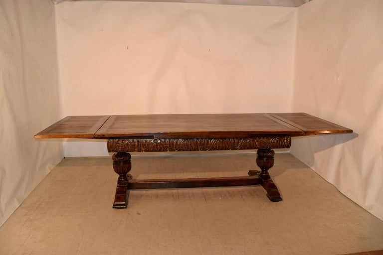 19th Century English Oak Draw Leaf Table For Sale 5