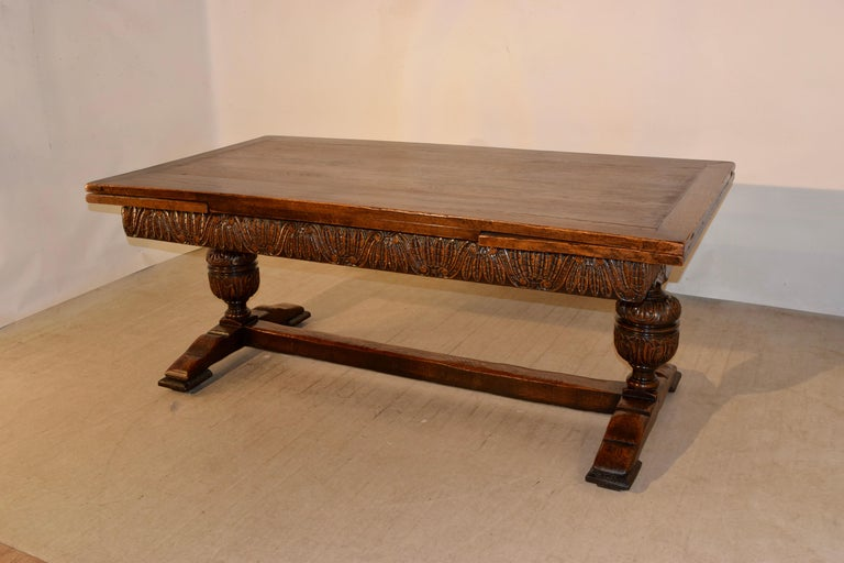 Hand-Carved 19th Century English Oak Draw Leaf Table For Sale