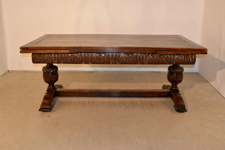 19th Century English Oak Draw Leaf Table In Good Condition For Sale In High Point, NC